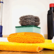 شركة تنظيف منازل بجازان تستخدم أفضل المنظفات
